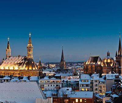 Aachen Skyline im Schnee