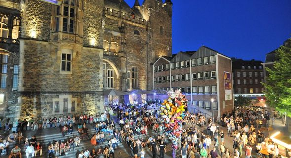 AachenSeptemberSpecial / Rathaustreppe