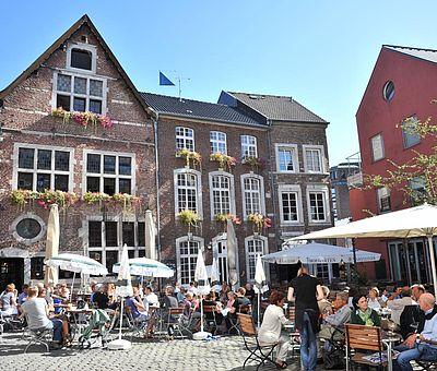 Sommer am Hof in Aachen