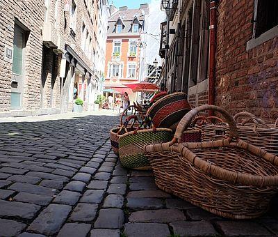 Körbe in der Körbergasse in Aachen