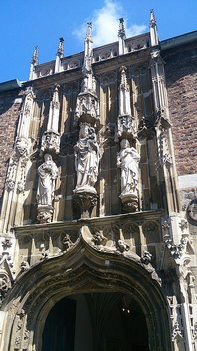 Domschatzkammer Aachen Eingang