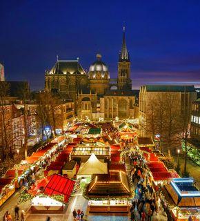 Aachener Weihnachtsmarkt auf dem Katschhof