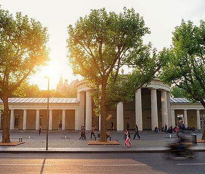 Elisenbrunnen in Aachen bei Sonnenuntergang